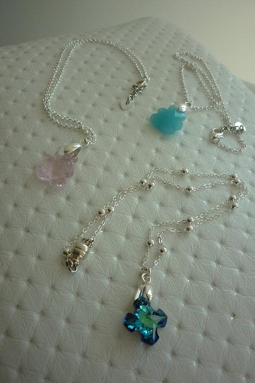 Collier filles de différents styles avec pendentif en Cristal