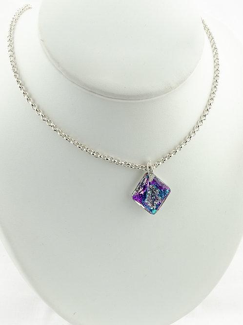 Collier Losange reflets violets en Cristal de Swarovski