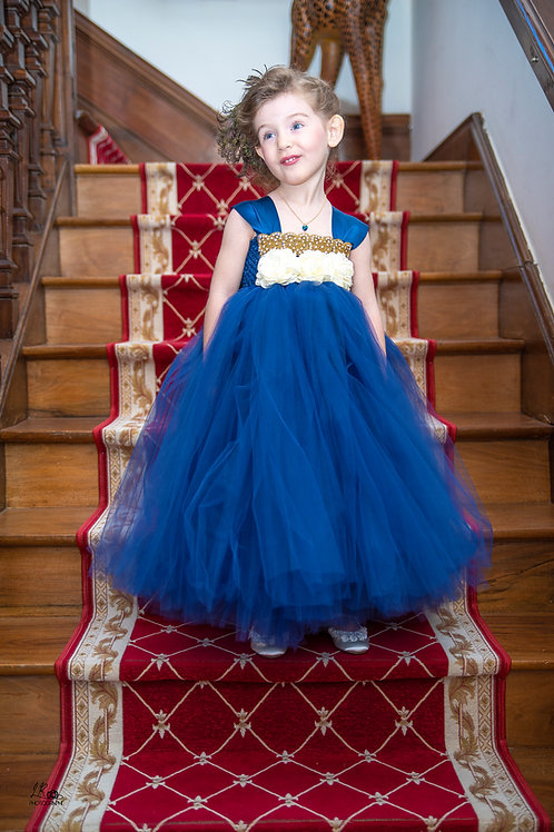 Robe princesse bleu roy tulle et satin de soie et perles dorées et strass