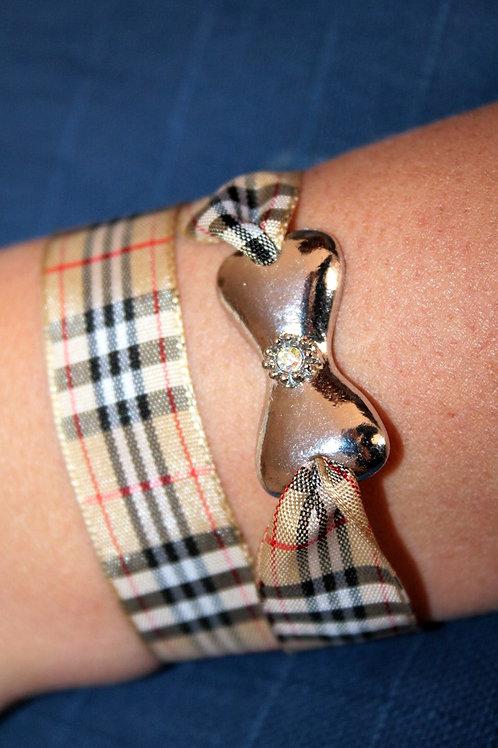 Bracelet fille Burberry ou autres tissus