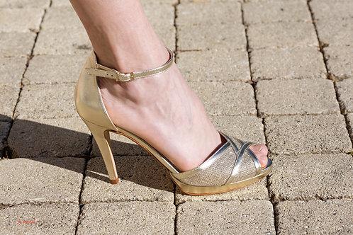 Chaussure dorées en cuir plusieurs coloris talon hauteur 12 cm