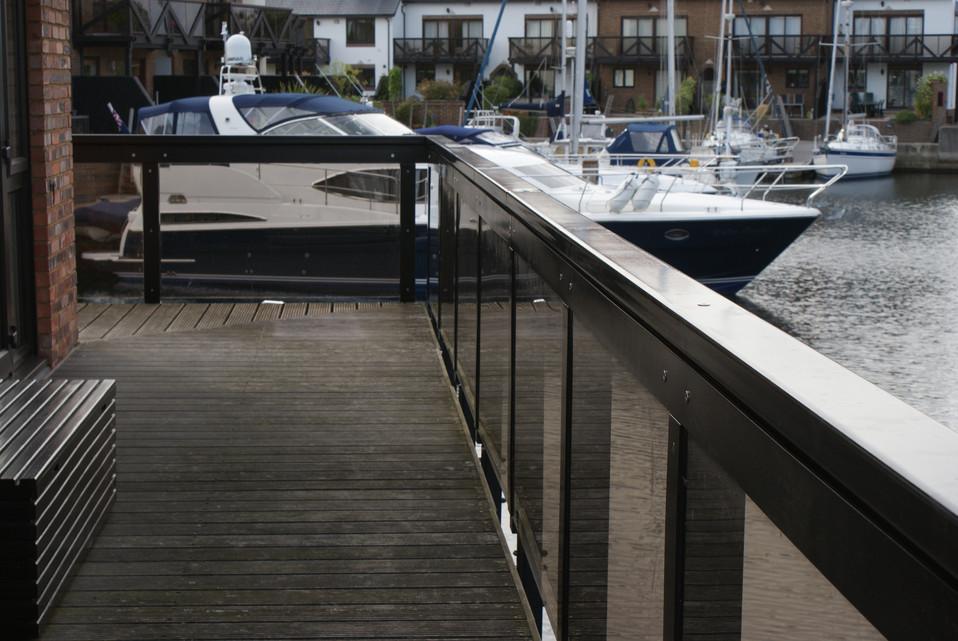 Hythe Marina (4).JPG