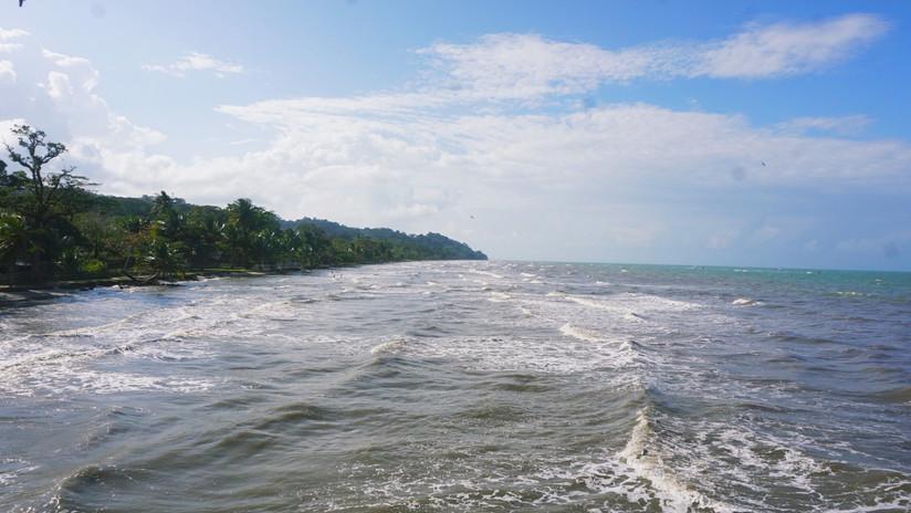 Livingston - Beach
