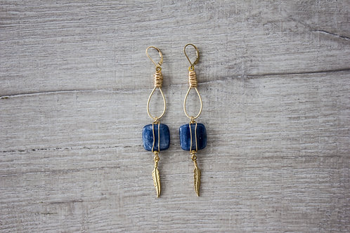 Kyanite Feather Dusters