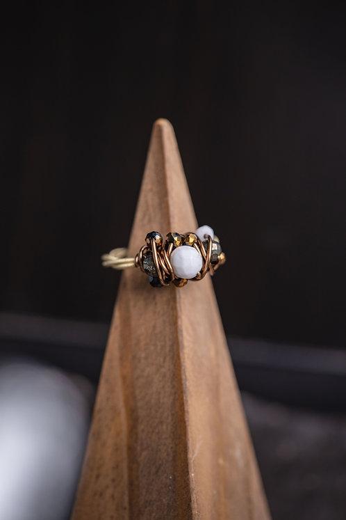Festive Howlite Cluster Ring