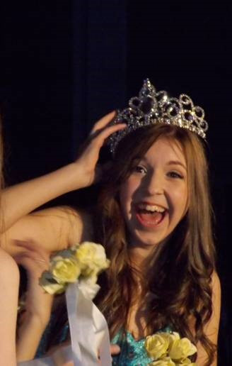 Vernon's Samantha Sewell heads to Miss Teenage Canada pageant