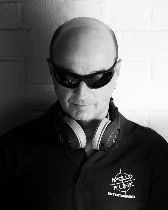 DJ APOLLO FUNK
