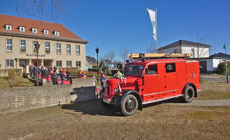 Rathaus AutoInter].jpg