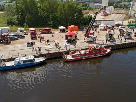 FF Velten präsentiert sich beim Hafenfest