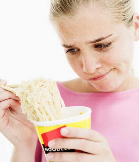 Você tem hábito de comer macarrão instantâneo?