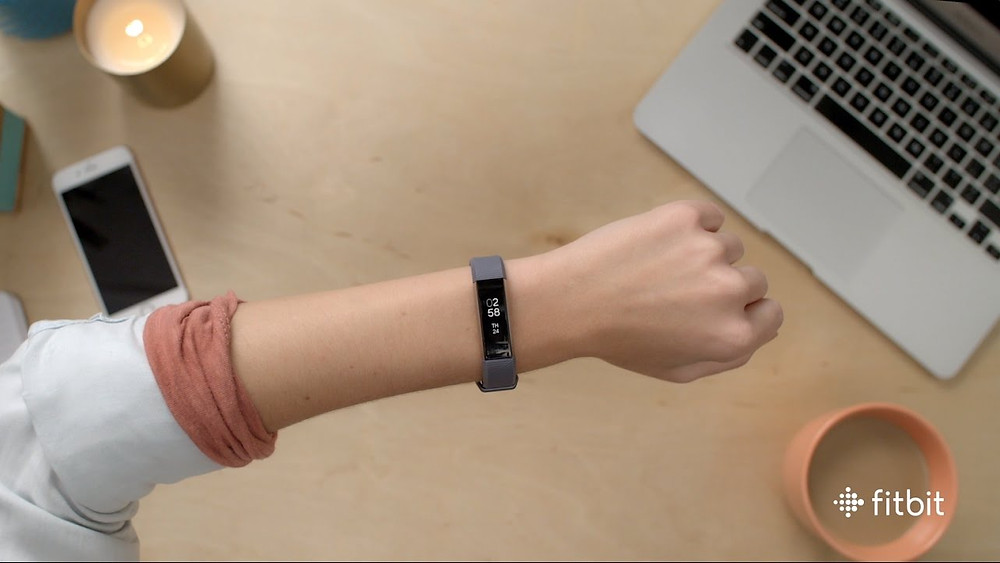 Fitbit Aria HR - Wearable