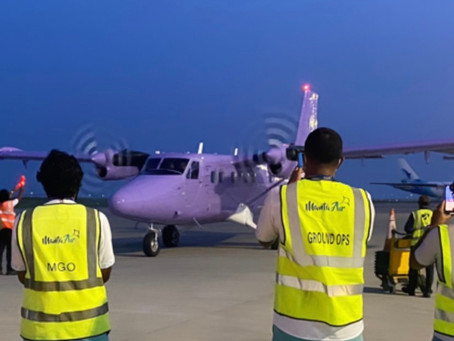 Additional DHC6 Twin Otter for Manta Air lands in VIA