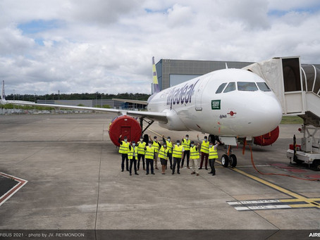 Airbus Celebrates 1000th Aircraft Covered By Flight Hour Service Program