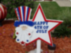 FJ07-Uncle Sam Happy 4th Star in red trim with silver stars on hat.
