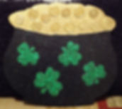 SP09- Large Pot-O-Gold with shimmering shamrocks  and gold coins.