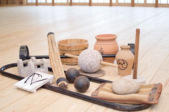 Herramientas de Kigu Hojo Undo del Dojo Shubukan Escuela de Artes Marciales, Karate Shito Ryu Uechi Ryu y Kobudo