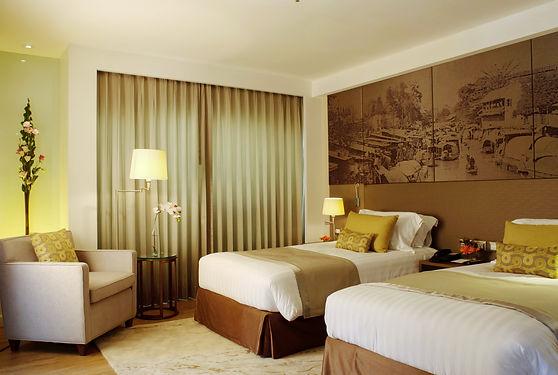 Luxury Suite 2501.jpg