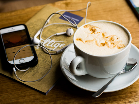 Top 3 Social Marketing Podcast Recommendations From A Podcast Junkie