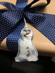 Detail Snowman Blue Ribbon.jpg