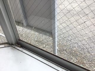 越谷市 西方 リフォームの為の窓ガラス修理・交換