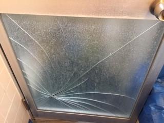 川口市 赤井 浴室ドアガラス修理・交換