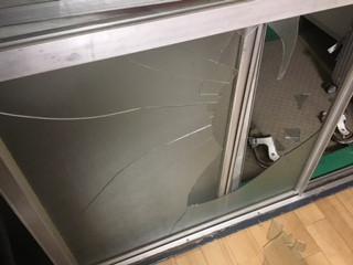 さいたま市 南区 影沼 緊急対応の窓ガラス修理・交換