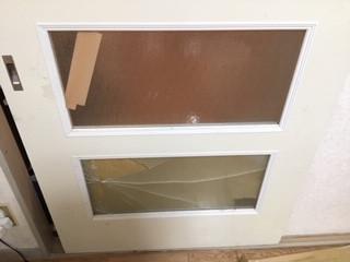 蕨市 塚越 くもりガラスの修理・交換