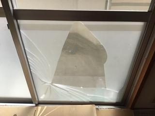 三郷市 彦成 団地の窓ガラス修理・交換
