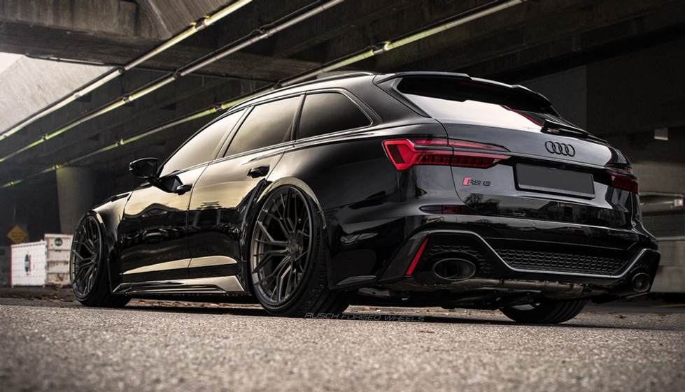 AUDI RS6 on Rusch R0880