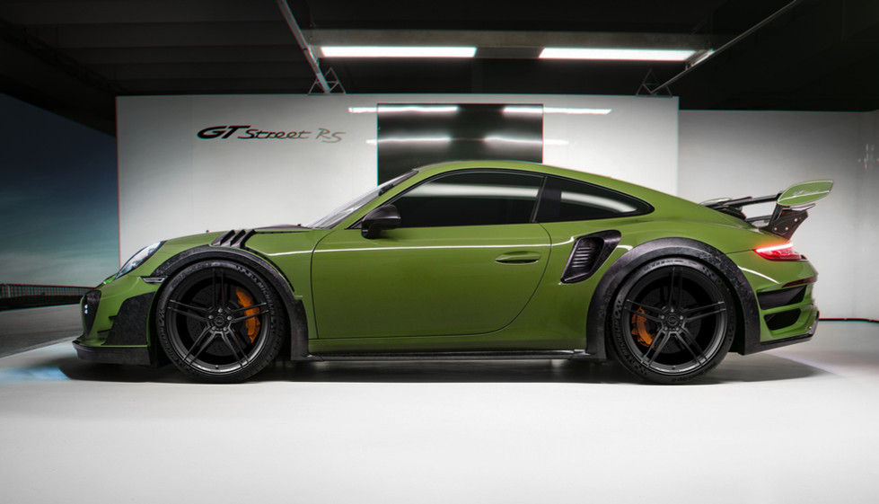 Porsche 911 Turbo on Rusch R0110