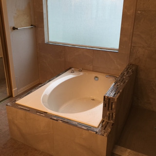 builder-grade-standard-bathroom-remodel-renovation-23