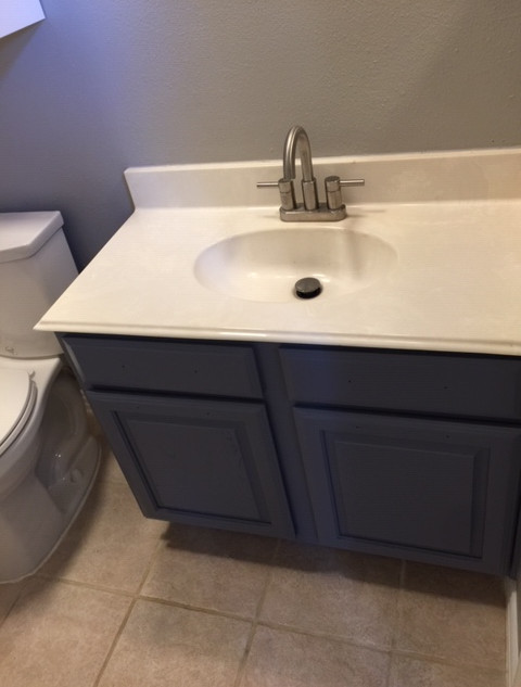 bathrom-cabinet-refinishing-updating-wal