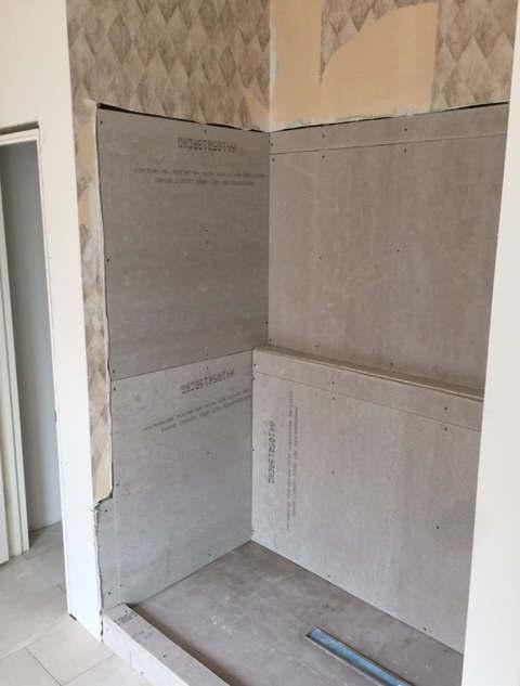 master-modern-bathroom-renovation (7).JP