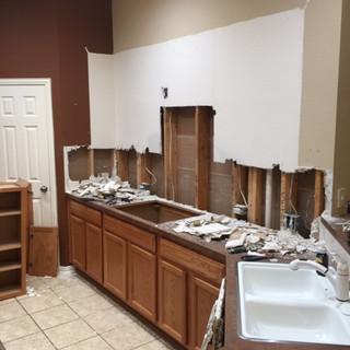 suburb-kitchen-renovation-during-demo (7