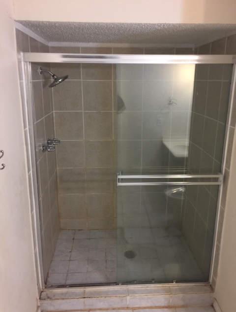 bathroom-remodel-dated-prior-damage (5).