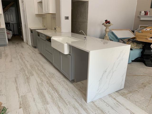 kitchen-new-quartz-countretops (1).JPG