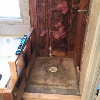 builder-grade-standard-bathroom-remodel-renovation-9