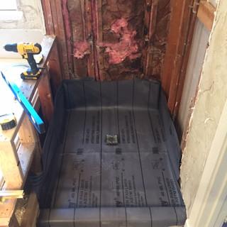 builder-grade-standard-bathroom-remodel-renovation-12