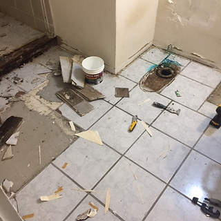 bathroom-remodel-dated-prior-damage (12)