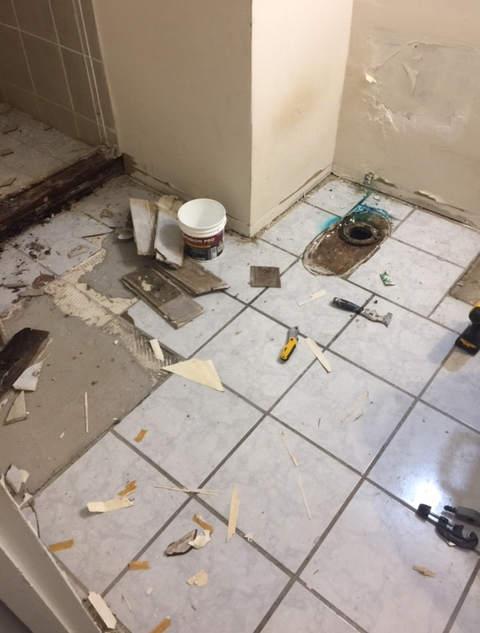 bathroom-remodel-dated-prior-damage (12)