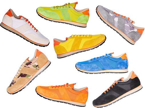 Plusieurs sneakers colorés