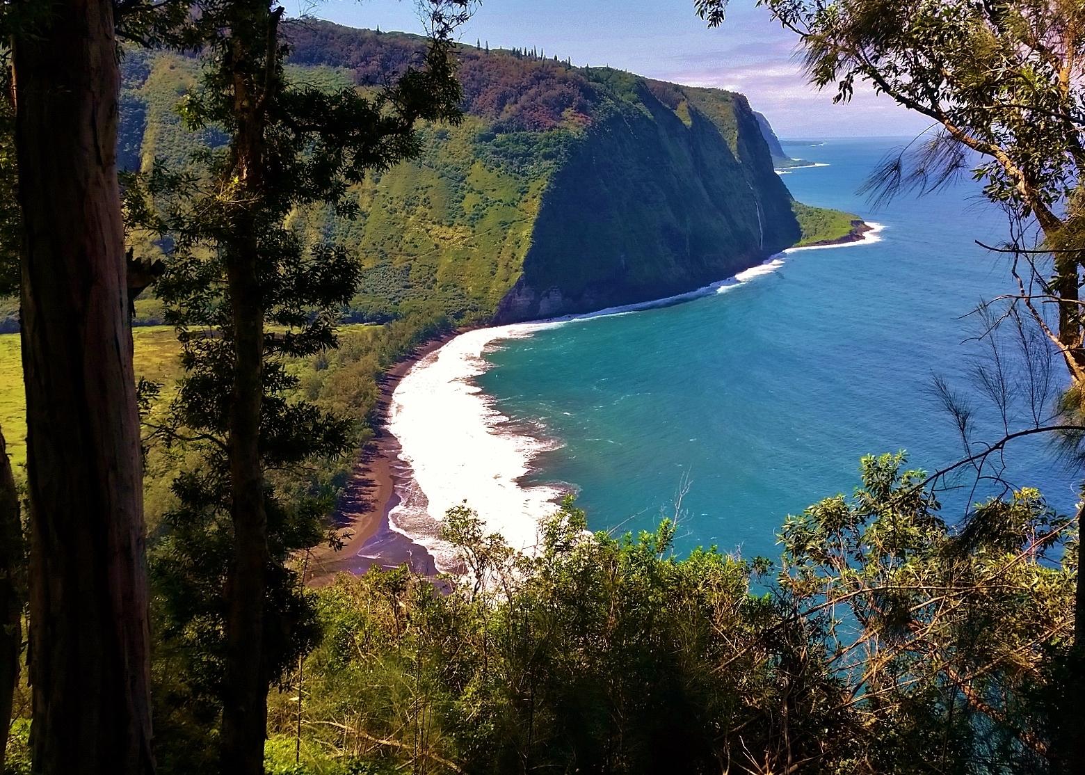 Waipio Valley 2 volcano mountain retreat b&b big island hawaii
