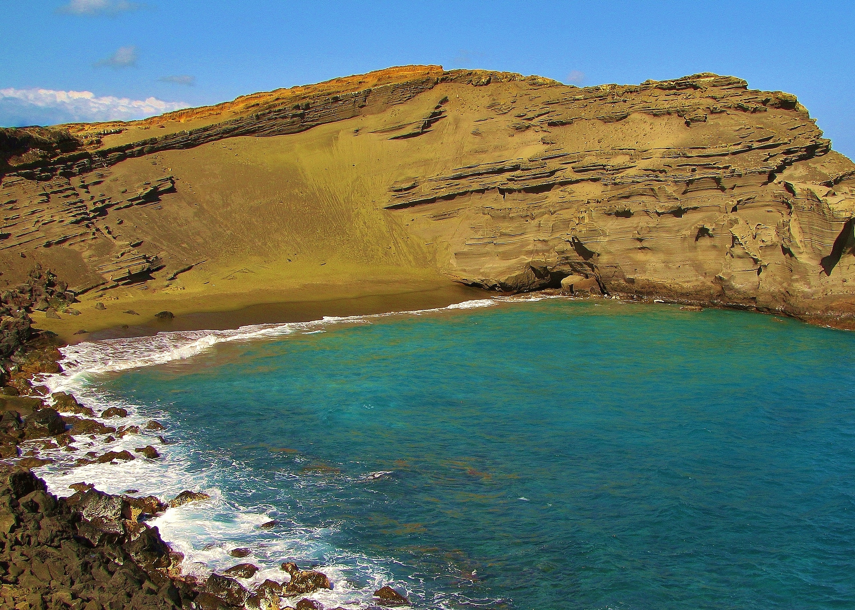 Papakolea Green Sand Beach volcano mountain retreat b&b big island hawaii
