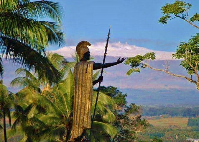King Kamehameha Statue in Hilo volcano mountain retreat b&b big island hawaii