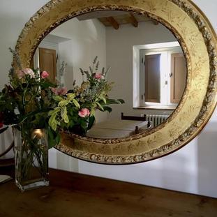 roses interior.jpg