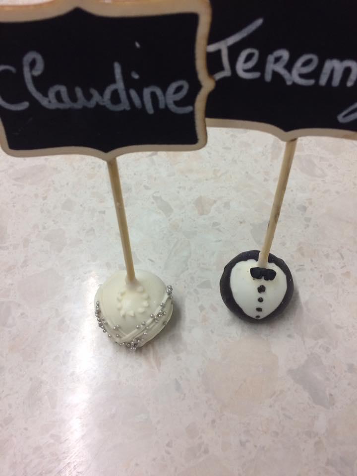 Cakes pops mariés