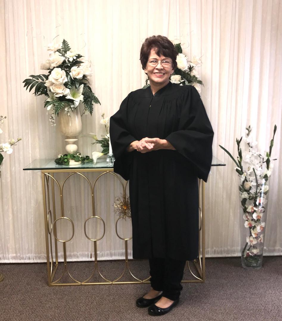 Officiant in Chapel