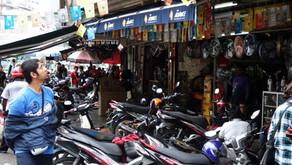 Mua hàng xe máy, phụ tùng xe, đồ chơi xe tại Malaysia có tốt không?