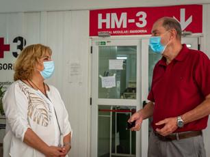 Junto a la Ministra de Salud Sonia Martorano, en el Hospital Modular Baigorria