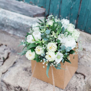 Late spring bridesmaid bouquet for Natty